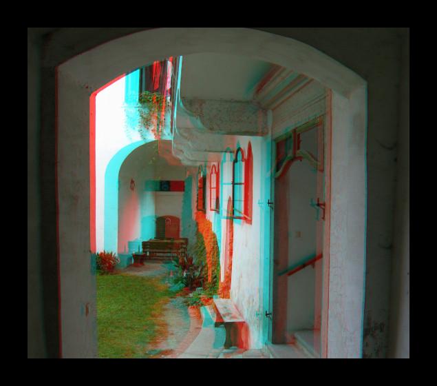 Stereobild - Blick in den Schlosshof